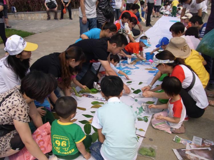 首页 名园之窗      雍日(国际)幼儿园坐落于鹤山市雍逸豪庭高尚小区